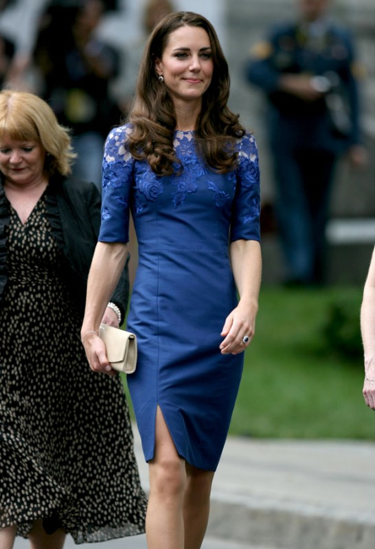 Kate-Middleton-The-Duchess-of-Cambridge-Fashion-and-Style-Lookbook-2